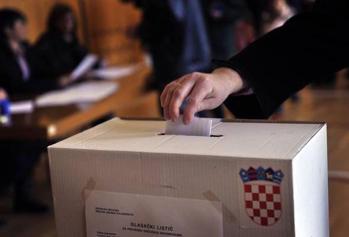 CROATIA-EU-ENLARGE-REFERENDUM